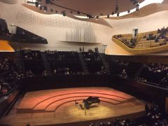 Reloaded twaddle – RT @Elliottmurphy: In the Philharmonie - waiting on Yuja Wang!!! https://t.co/AN...