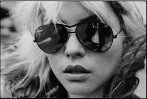 RT @AGC_LONDON: HAPPY BIRTHDAY Debbie Harry, an unbelievable 70 years young today. How did that happ...