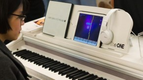RT @verge: The One Smart Piano teaches you to play using an iPad http://t.co/VSWy11R4cQ http://t.co/...