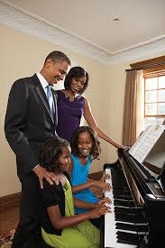 RT @KawaiPianos: Happy Birthday (August 4) to President Obama @POTUS #piano http://t.co/cyo0E0wvEK