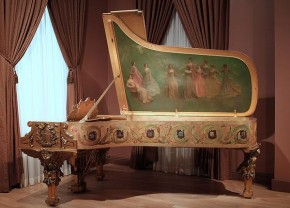 RT @joytunescom: RT @SteinwayAndSons: The ornate 1903 White House #Steinway #piano @smithsonian http...