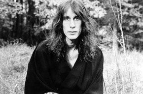 RT @DummyMag: The Dummy guide to @toddrundgren // http://t.co/4QBi2Fa1I4 http://t.co/zS3XP9gskF