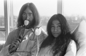 RT @Lichtster: Yoko Ono hopes to create world's largest human peace sign to mark John Lennon's 75 bi...