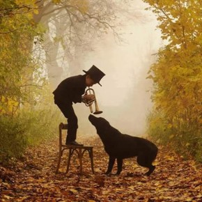 RT @Wendy55129810: Autumn here is so delightful - Wishing you all a beautiful weekend.🎷&...