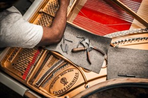 RT @SteinwayAndSons: Did you know there are over 12,000 parts in a Steinway piano? #SteinwayFactoryW...