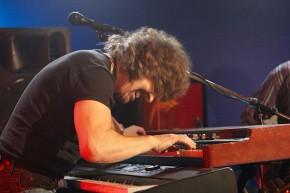 RT @KawaiPianos: #KawaiArtist Rod Argent @TheZombiesMusic with his #KAWAI digital stage #piano https...