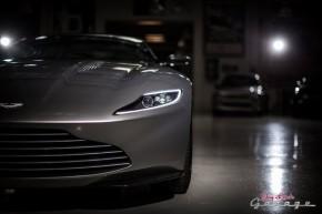 RT @LenosGarage: .@007's @astonmartin  DB10 is as timeless as the man himself. #SPECTRE #JLG  https...