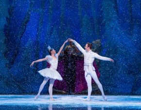 RT @kencen: Are you ready for #KenCenHolidays? @joffreyballet creates magic in the Opera House Nov 2...