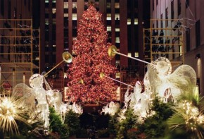 RT @Newsday: See photos of the Rockefeller Center Christmas Tree through the years https://t.co/Ckbb...
