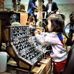 RT EARMILK @EARMILK: The best kind of toys. Kids agree. @moogmusicinc #NAMM2016 https://t.co/uamp0hp...