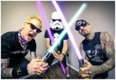 Reloaded twaddle – RT @blink182: MAY THE FOURTH BE WITH YOU 📸 @audiomassacre https://t....