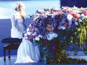RT KawaiPianos @KawaiPianos: Happy Birthday #LadyGaga - born March 28 1986 - started playing #piano ...