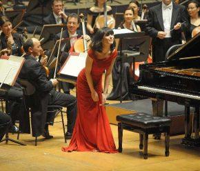 RT Palacio de la Ópera @PalacioOpera: A pesar de su corta edad, Alice Sara Ott es una pianista con u...