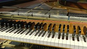 RT Science Channel @ScienceChannel: Beneath a piano's exterior, 12,000 components fit together insid...