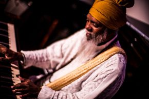 Reloaded twaddle – RT @bluenoterecords: NEA Jazz Master #DrLonnieSmith is at @JazzStandardNYC this ...