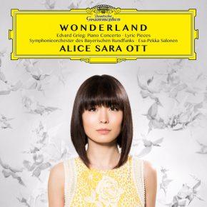 Reloaded twaddle – RT @TOWER_Shibuya: 【7F CLASSICAL】ご予約受付中★『アリス=紗良・オット@AliceSaraOtt  /ワンダーランド』9/9発売...