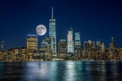 Reloaded twaddle – RT @EverythingNYC: Tonight's #supermoon rising over New York https://t.co/OlO0JI...