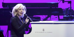 Reloaded twaddle – RT @SteinwayAndSons: .@ladygaga performed on a white #Steinway at a concert to b...