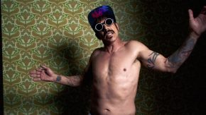 Reloaded twaddle – RT @oliviawilde: Official link to @ChiliPeppers video for their sexy new hit #Dar...