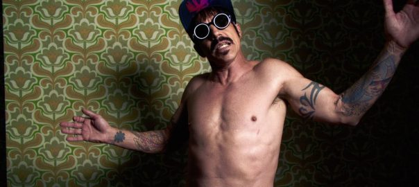 Reloaded twaddle – RT @oliviawilde: Official link to @ChiliPeppers video for their sexy new hit #DarkNecessities